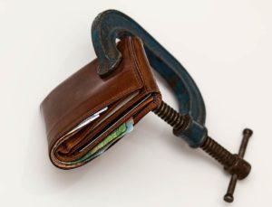 כיצד עורך דין יכול לסייע בחשבון בנק מוגבל?